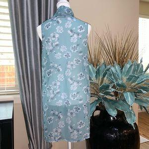 WinterSilks Tops - WinterSilk beautiful silk sleeveless kimono